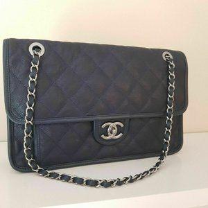 Authentic Chanel caviar Leather navy crossbody bag